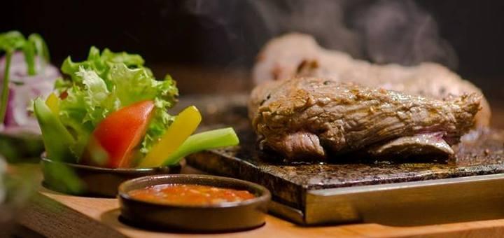 Знижка 50% на меню у ресторані «Чесне м'ясо»