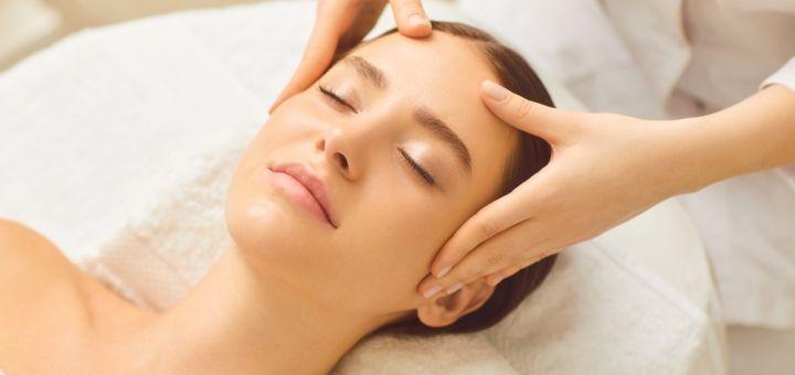 До 7 сеансов массажа лица, шеи и зоны декольте от косметолога Белоус Елены в салоне «Fieke»