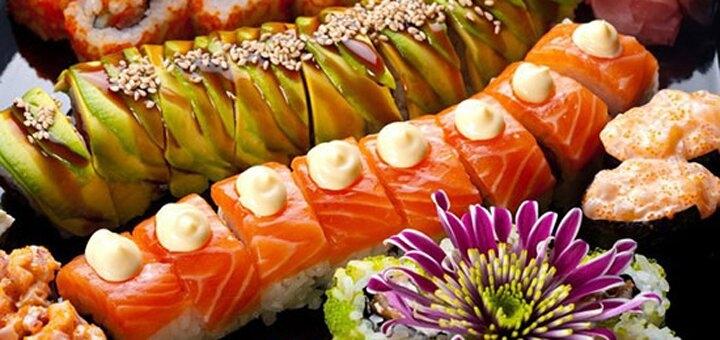 Скидка 50% на всё меню кухни с доставкой и на вынос и 30% на суши при посадке в «Банзай»