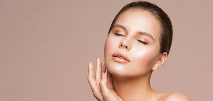 До 3 сеансов лечения акне и пигментации препаратом «Mesoline Acne» в салоне красоты «Happy Day»