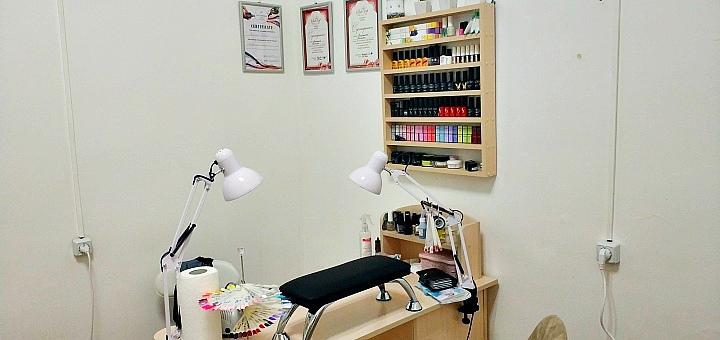 Маникюр и педикюр с покрытием гель-лаком, дизайн и SPA-уход в студии маникюра «Mango»