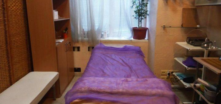 До 10 сеансов вакуумно-роликового массажа тела и холодного обертывания в фито-студии «Комфорт»