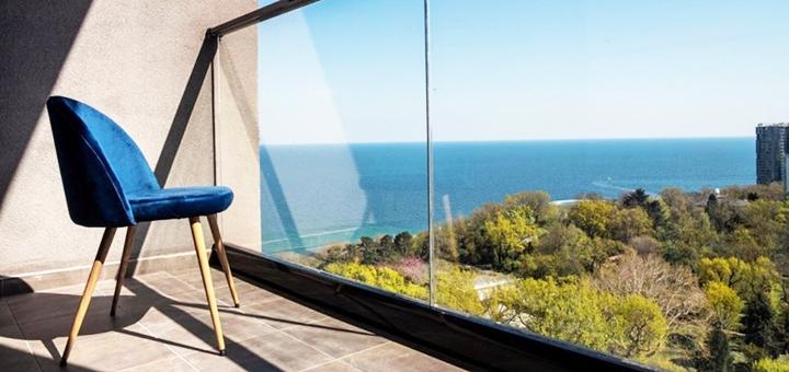 От 3 дней отдыха в апартаментах с видом на море в отеле «Apart Hotel Greenwood» в Одессе
