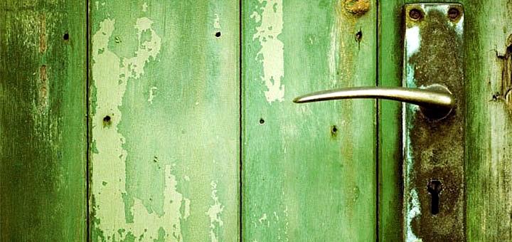 Посещение квеста с участием актера в реальном времени «Симбиоз. Продолжение» от «Green Doors»
