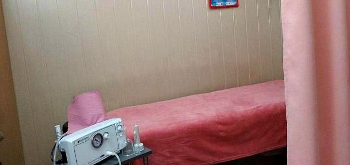 До 7 сеансов вакуумно-баночного массажа с обертыванием всего тела в салоне «LipoStop»