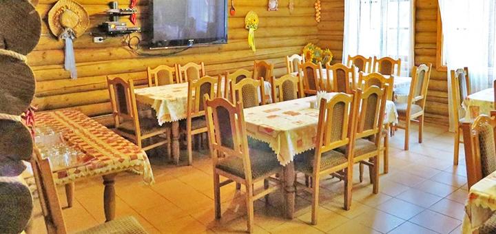 От 3 дней отдыха с питанием в отеле «Верховинский Двор» возле курорта Красия