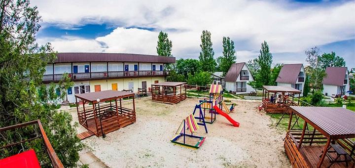 От 3 дней отдыха в сентябре на базе отдыха «Дача» в Затоке на Черном море