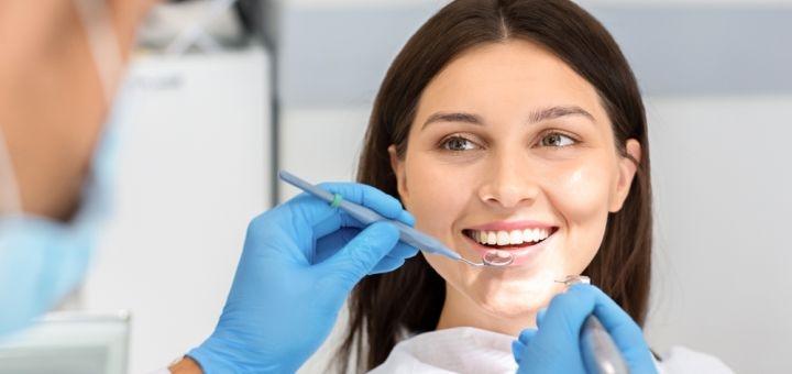 Скидка 70% на установку корейского зубного импланта «I-Do» в медицинском центре «Meduzas»