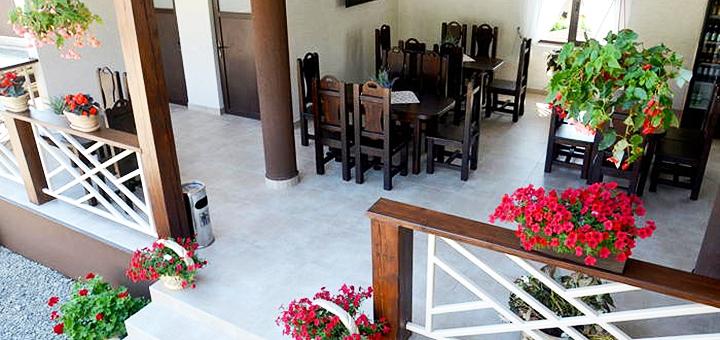 От 3 дней отдыха в сентябре на базе отдыха «Villa Marina» в Солотвино