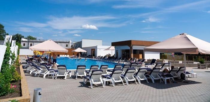 Скидка 50% на безлимитное посещение бассейнов в любой день от аквацентра «Кон-Тики»