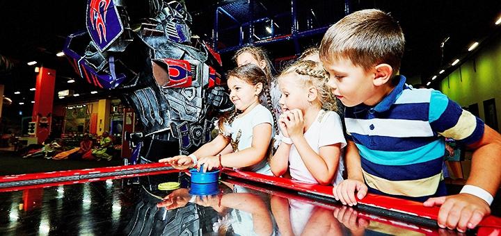 Входной билет на целый день в детский парк развлечений «Планета» в ТРЦ «Ametyst Mall»