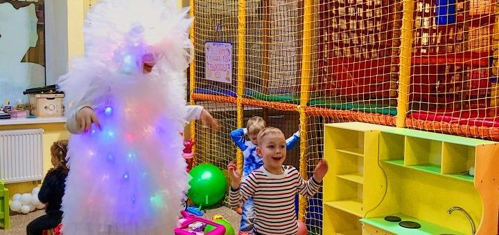 Скидка 50% на посещение игровой площадки для детей в семейном кафе «Family Palace»