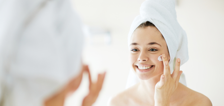 Комплексная чистка лица с пилингом и карбокситерапией в салоне красоты «Queen Room»