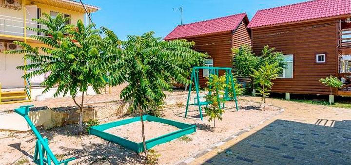 От 3 дней отдыха в сентябре на базе отдыха с бассейном «Золотое Руно» в Кирилловке