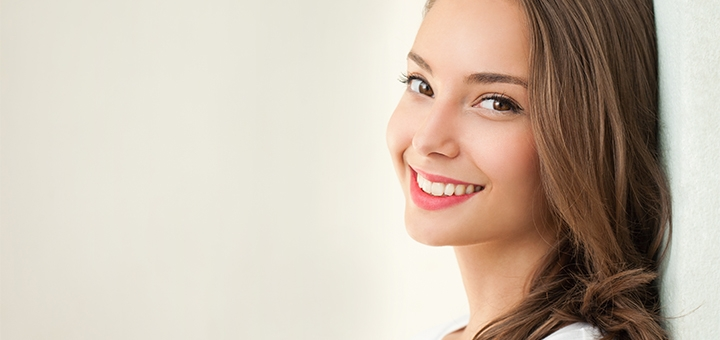 Скидка до 46% на установку металлокерамических коронок в стоматологии «Майстерня посмішки»