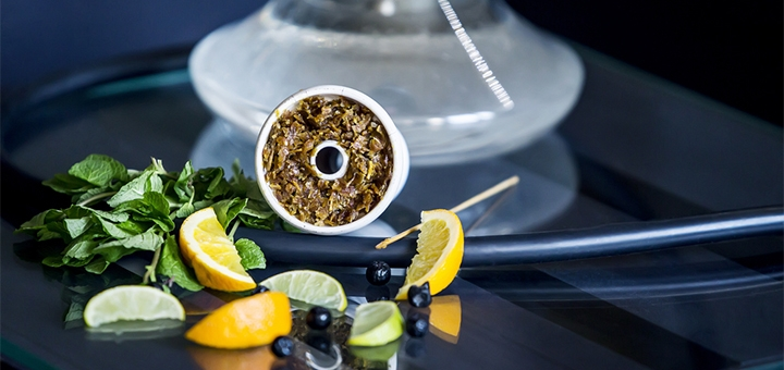 До 2 кальянов и чай в баре-кальянной «Smoke on the Water»