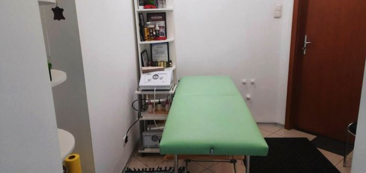 Скидка 50% на массаж и термоактивное обёртывание «Styx» в массажном кабинете «Zgura»