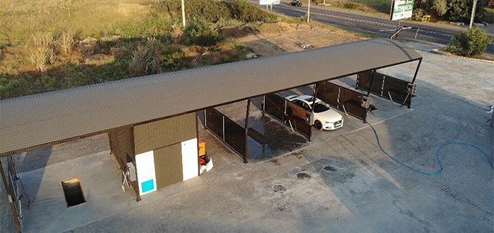 До 8 моек автомобиля в автомойке самообслуживания «Point Carwash»