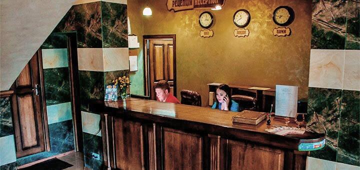 От 3 дней с питанием в отельном комплексе «Карпатська Вежа» в Мигово