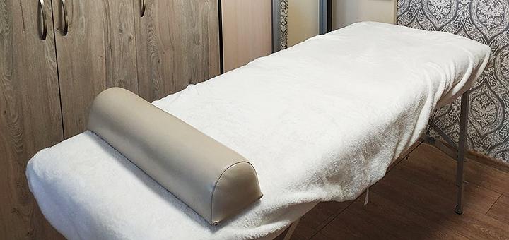 До 5 сеансов вакуумно-роликового массажа тела с обертыванием в студии «Чудеса прикосновений»