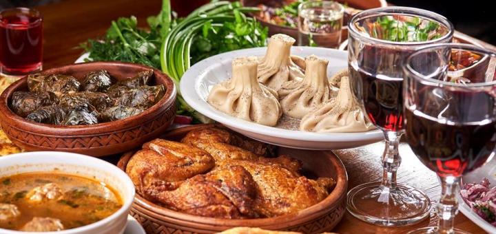 Скидка 50% на все меню кухни в грузинском ресторане «Хинкальня» на Васильковской