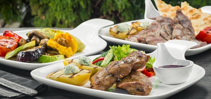 Скидка 50% на меню кухни в ресторане «Mafia» в ТРЦ «Караван»
