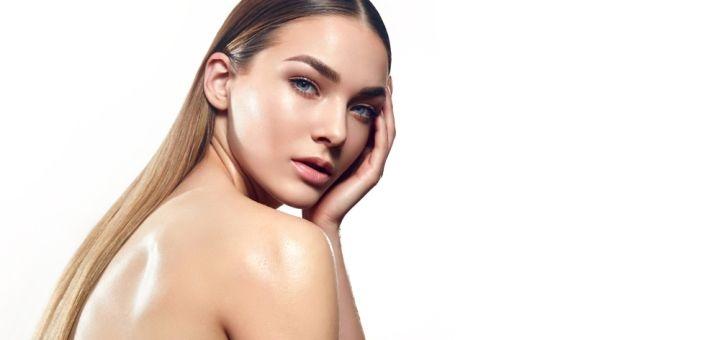 До 3 сеансов лазерного карбонового пилинга лица, шеи, декольте, спины или рук от «CosmoNova»