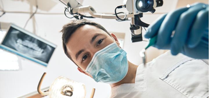 Скидка до 63% на установку зубных имплантов «Osstem implant» в стоматологии «V. R. Dental»