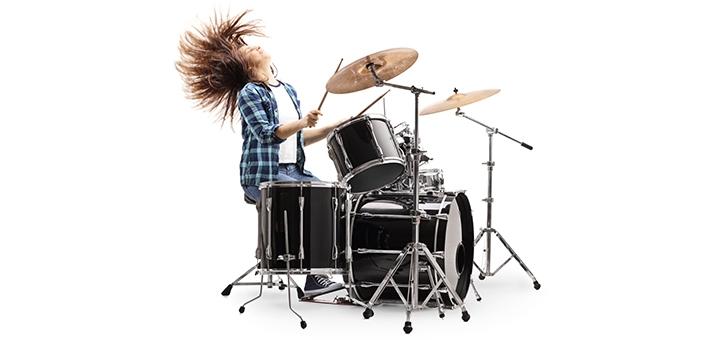 До 24 групповых занятий по игре на ударных в студии музыкального искусства «Engamusic»