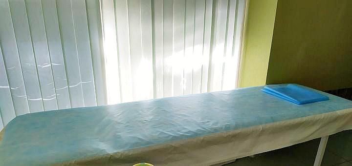 До 10 сеансов общего массажа спины в клинике «Брак и Семья»