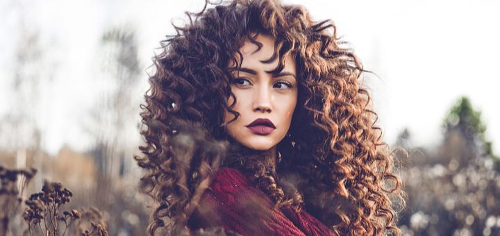 Биозавивка волос с укреплением и восстановлением в салоне красоты «Compliment»