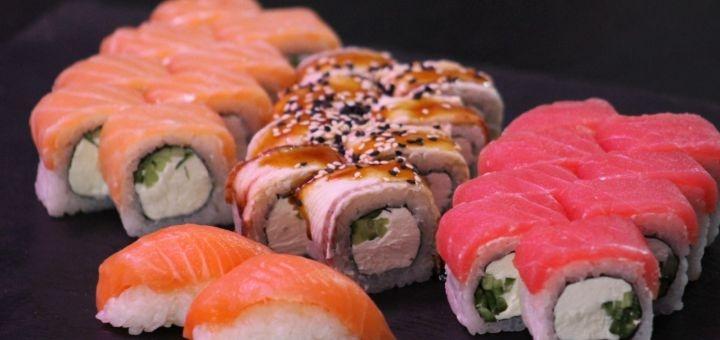 Скидка 30% на сеты «Нагоя», «Токио», «Филадельфия» или «Калифорния» от «Sushi Ushi»