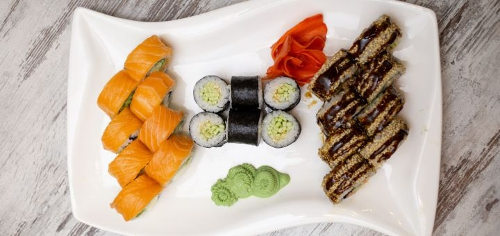 Скидка 50% на суши-сет «Роко» с доставкой или самовывозом от «Roco Sushi»