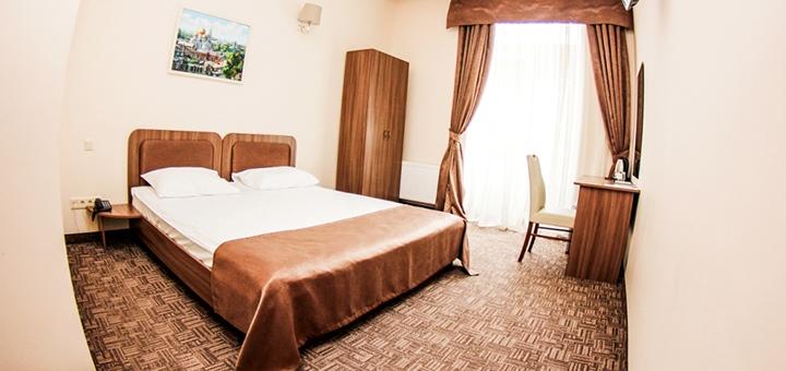 От 2 дней отдыха в отеле «Hotel 52» в самом центре Одессы