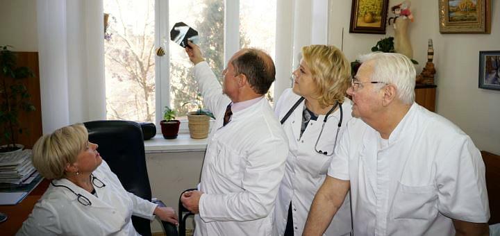 Полное комплексное обследование у ортопеда-травматолога в медицинском центре «МСЧ-11»
