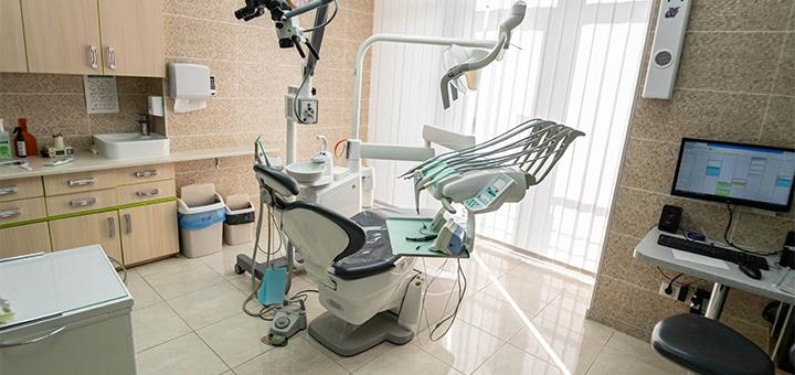 Профессиональная ультразвуковая чистка зубов c Air-flow в «Клиника Доброго Стоматолога»