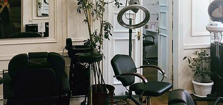 Полировка, стрижка волос, горячая бритва и реконструкция CHI (USA) в студии «Городецкого 15»