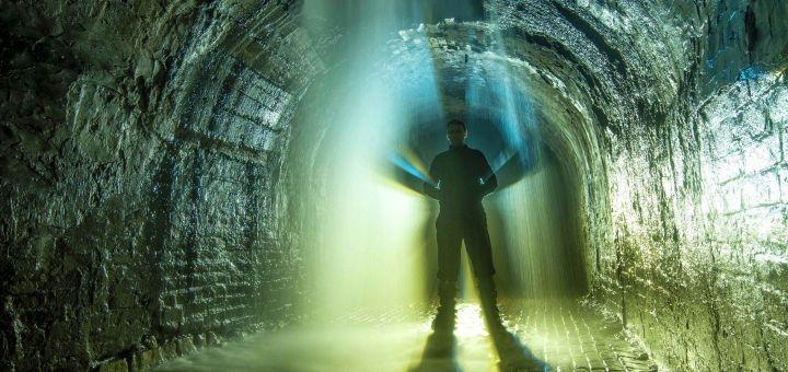 Подземная экскурсия «За кулисами Крещатика» от компании «Матей Тревел»
