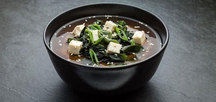 Скидка 50% на меню суши и европейской кухни с доставкой или самовывозом от «Ti Amo»