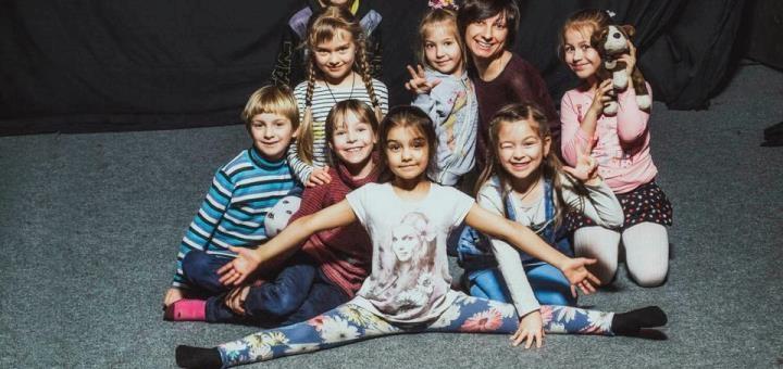 До 8 групповых занятий вокалом для взрослых в школе актёрского мастерства «Маска»