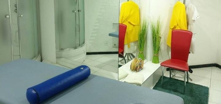 Скидка до 66% на массаж спины и шейно-воротниковой зоны у массажиста Вячеслава Лисенко
