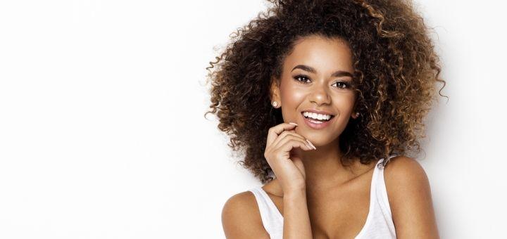 Скидка до 64% на лазерное отбеливание зубов «Magic Smile» в стоматологии «Simpladent»