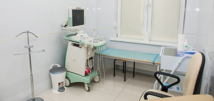 Комплексное обследование у проктолога с назначением лечения в центре «Клиника Доброго Доктора»