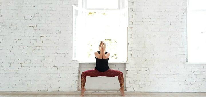 До 8 занятий йогой в студии йоги «SuryaLoka»