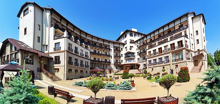 От 3 дней SPA-отдыха с завтраками в гранд-отеле «Шале Грааль» в Трускавце