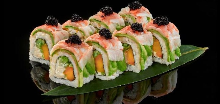 Скидка 40% на все меню кухни с доставкой или самовывозом от премиум доставки «Sushi Avenue»
