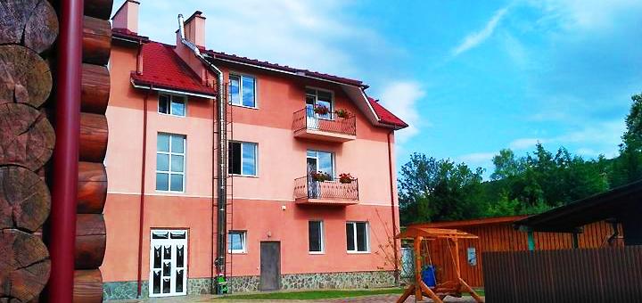 От 5 дней осеннего отдыха в отельном комплексе «Садиба в Поляні» в Закарпатье
