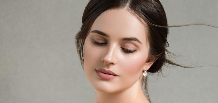 До 3 сеансов лазерного карбонового пилинга лица, шеи и декольте в сети салонов «SunShine»