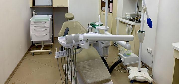 Скидка 54% на профессиональное отбеливание зубов от стоматолога Виктории Чернец