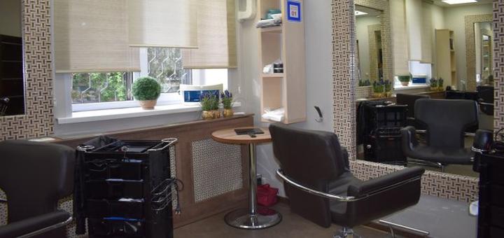 Кератиновое выравнивание или нанопластика со стрижкой кончиков и укладкой в «Alehandra studio»